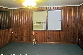 Living Room, 120 Heather Ann Ln, 1
