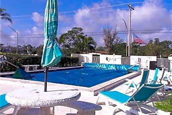 Pool, 722 Joel Blvd, 2