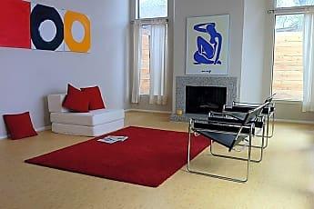 Living Room, 4502 Medinah Pl 9, 0
