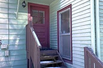 Building, 115 Vineyard Ave 2, 2