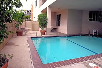 Pool, 450 S Maple Dr 104, 2