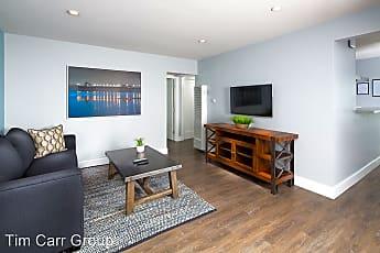Living Room, 2864 Royal Palm Dr, 0