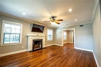 Living Room, 2556 Boyd Ave, 0