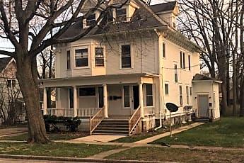Building, 611 W Prospect St 3, 0