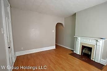 Living Room, 725 Washington Ave, 0