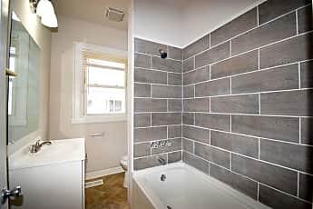 Bathroom, 213 N King St, 1