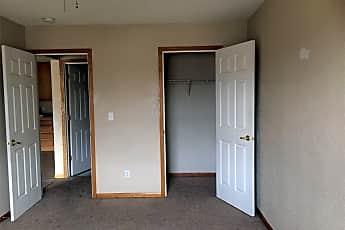 Bedroom, 976 S Robert St, 2