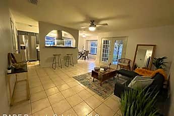 Living Room, 3112 N 1st Ln, 0