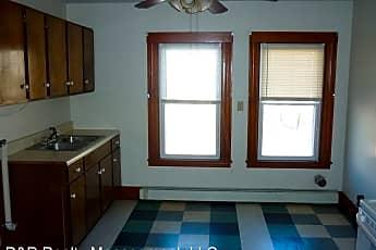 Kitchen, 2 Overlook St, 2