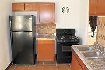 Kitchen, 205 E Forrest Hill Ave, 1