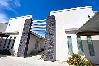 Building, 1013 La Cantera Ave, 0