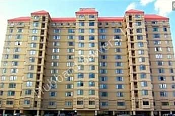 Building, 1600 Park Cir, 0