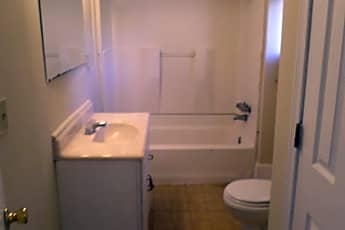 Bathroom, 338 State Street, 2
