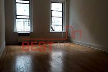 Living Room, 230 E 52nd St, 0