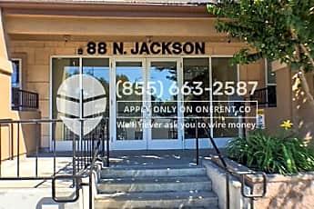 88 N Jackson Ave 207, 0