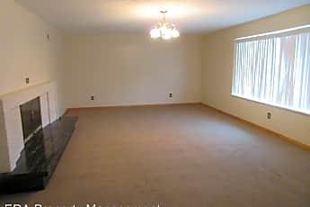 Living Room, 166 N 200 W St, 1