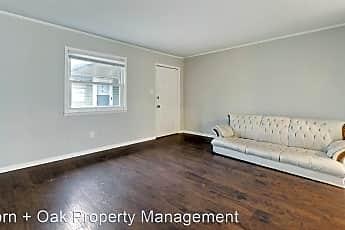 Living Room, 727 E Lenoir St, 1