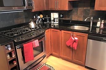 Kitchen, 7333 New Hampshire Ave, 1