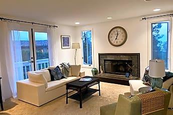 Living Room, 622 Kalamath Dr, 0