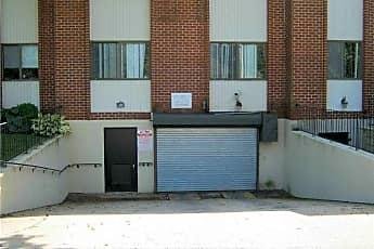 Building, 753 Chestnut St, 2
