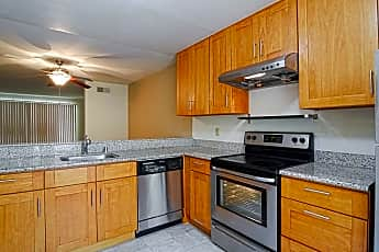 Kitchen, Governors Square, 2