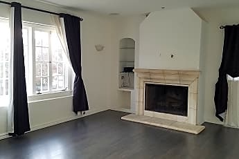 Living Room, 809 South Stanley Ave, 1