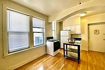 Living Room, 2207 W Montrose Ave, 1