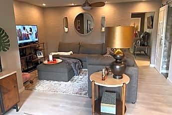 Living Room, 5033 Cedar Springs Rd 104, 0