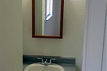 Bathroom, 2175 Clearwater Dr 2, 2