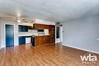 Living Room, 616 W Mlk, 0