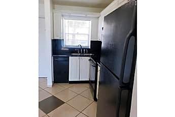 Kitchen, 426 Lakeside Dr, 0