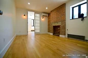 Living Room, 92 E Broadway, 0
