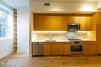 Kitchen, 1324 E St SE Unit 109, 0