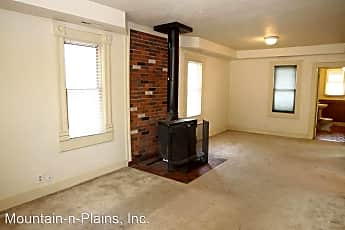 Living Room, 406 Stover St, 1