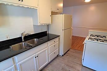 Kitchen, 442 S Alexandria Ave, 1