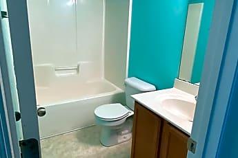 Bathroom, 2003 Grandeur Ave, 2