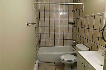 Bathroom, 377 Beachview St, 2