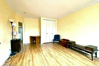 Living Room, 5101 Van Loon St, 0