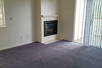 Living Room, 258 Napoli Ct, 1