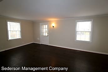 Living Room, 322 E 27th Ave, 1