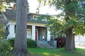 606 Harrold Ave, 1