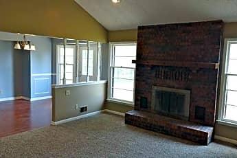 Living Room, 8523 N Rhode Ave, 0