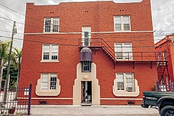 Building, 118 Indian PL #10, 0
