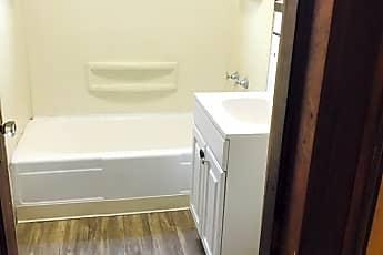 Bathroom, 2209 Washington St, 2