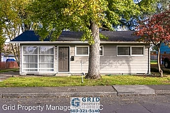 Building, 8843 SE Rural St, 0
