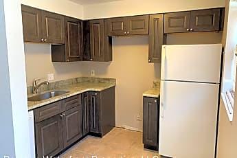 Kitchen, 450 New York Ave, 0