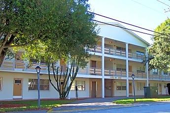 Building, 911 Washington Ave SW, 1