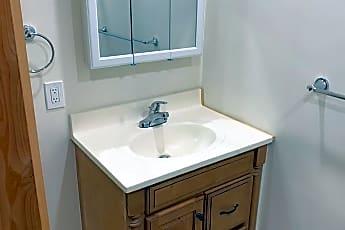Bathroom, 5810 Mandarin Dr, 2