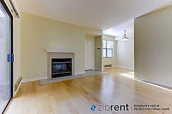 Living Room, 83 Shoreline Ct, 1