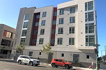 Jackson St Mixed Use Apartments/Parking/Retail, 0